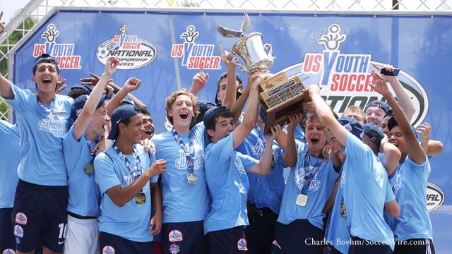 Manhattan-PSG-USYS-trophy-hoist