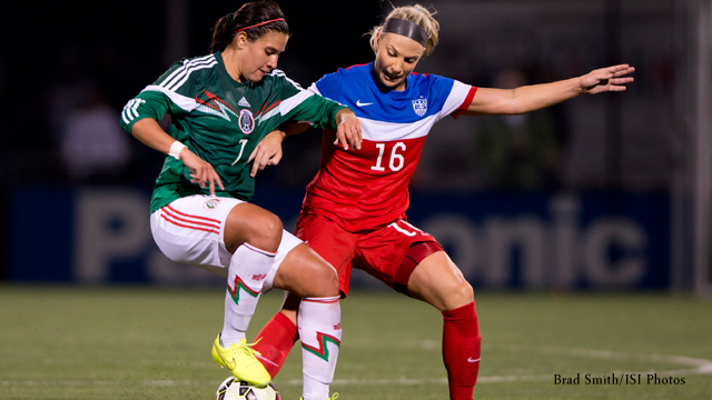 Julie-Johnston,-USWNT-vs-Mexico
