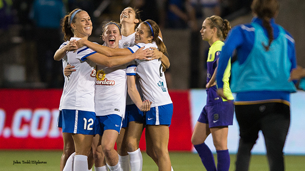 Heather-O'Reilly,-Lauren-Holiday-and-FCKC,-NWSL-championship-2015